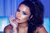 Demi Lovato Masuk Nominasi LGBT British Awards 2018