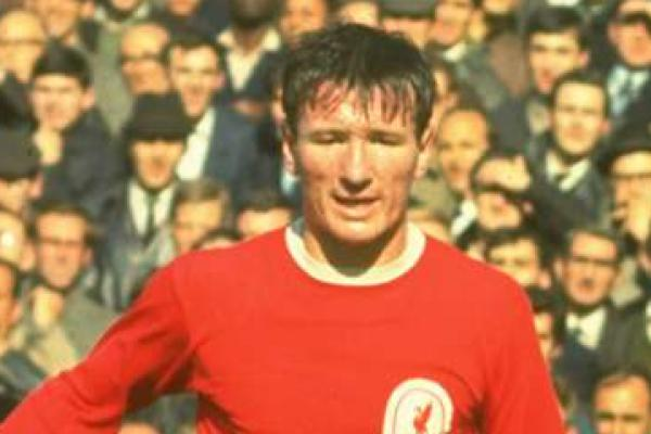 Legenda Liverpool Tommy Smith Tutup Usia