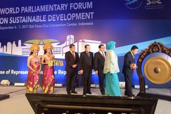 Ketua DPR RI Setya Novanto (Setnov) membuka World Parliamentary Forum on Sustainable Development, di Bali Nusa Dua Convention Center, Rabu (6/9).