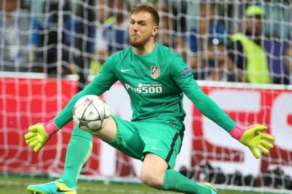 Chelsea Incar Kiper Atletico Madrid Jan Oblak
