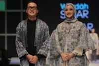 Fashion Muslim dalam Tren Make-up Sinar dan Pijar