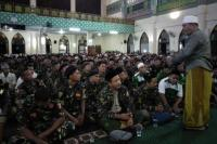 Ribuan Banser Berzikir di Islamic Center