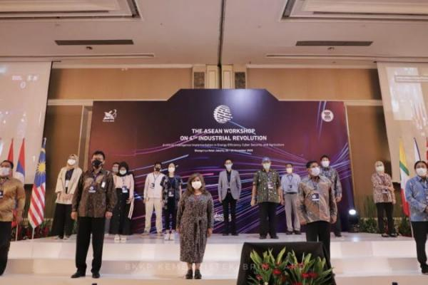 Menristek Percepat Penyusunan Asean Innovation Roadmap